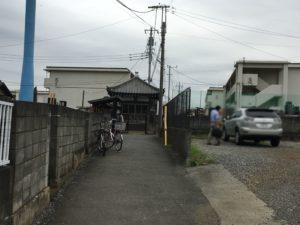 秋津駅への道